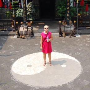 Chiny. Sukienki napodróż.