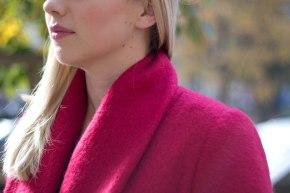 Malinowy płaszcz