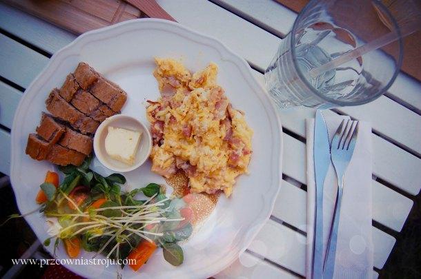 3 śniadanie