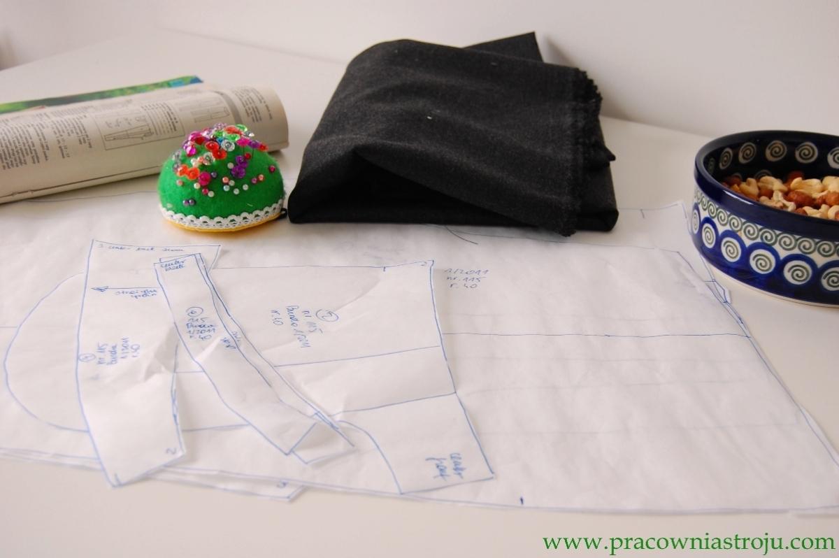 Jak wyciąć elementy wykroju z tkaniny?